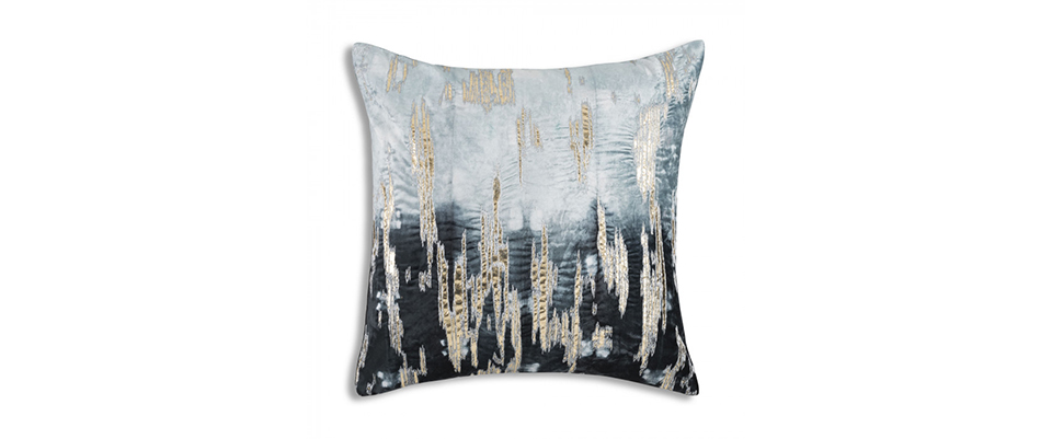 Boheme Pillow CLOUD9 DESIGN Love Happens