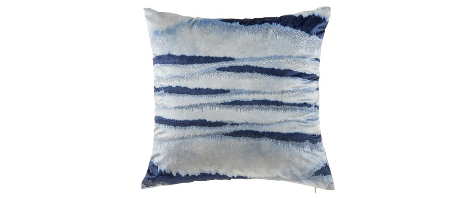 Yara Pillow CLOUD9 DESIGN Love Happens